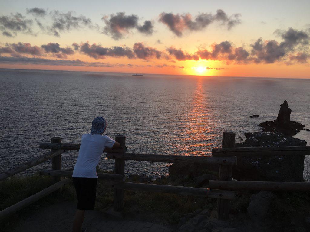 神威岬夕日日没直前