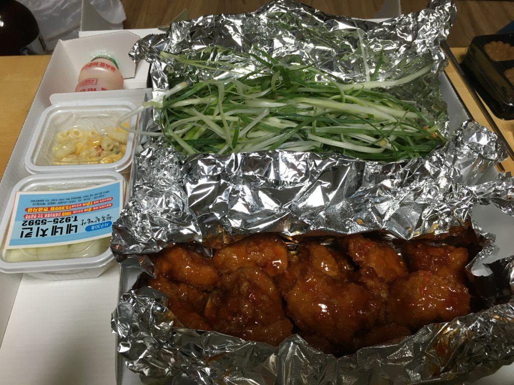 韓国デリバリー食事